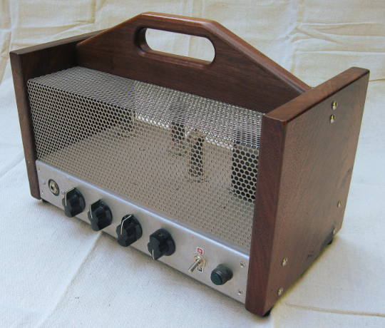 5W electric guitar amplifier finished