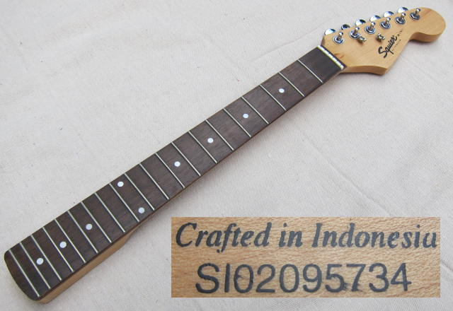 squier mini strat SI02095734